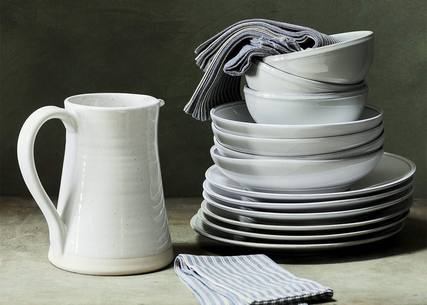 tea towels, dinner plates, dinner sets, plate sets, home accessories, kitchenware, dinnerware