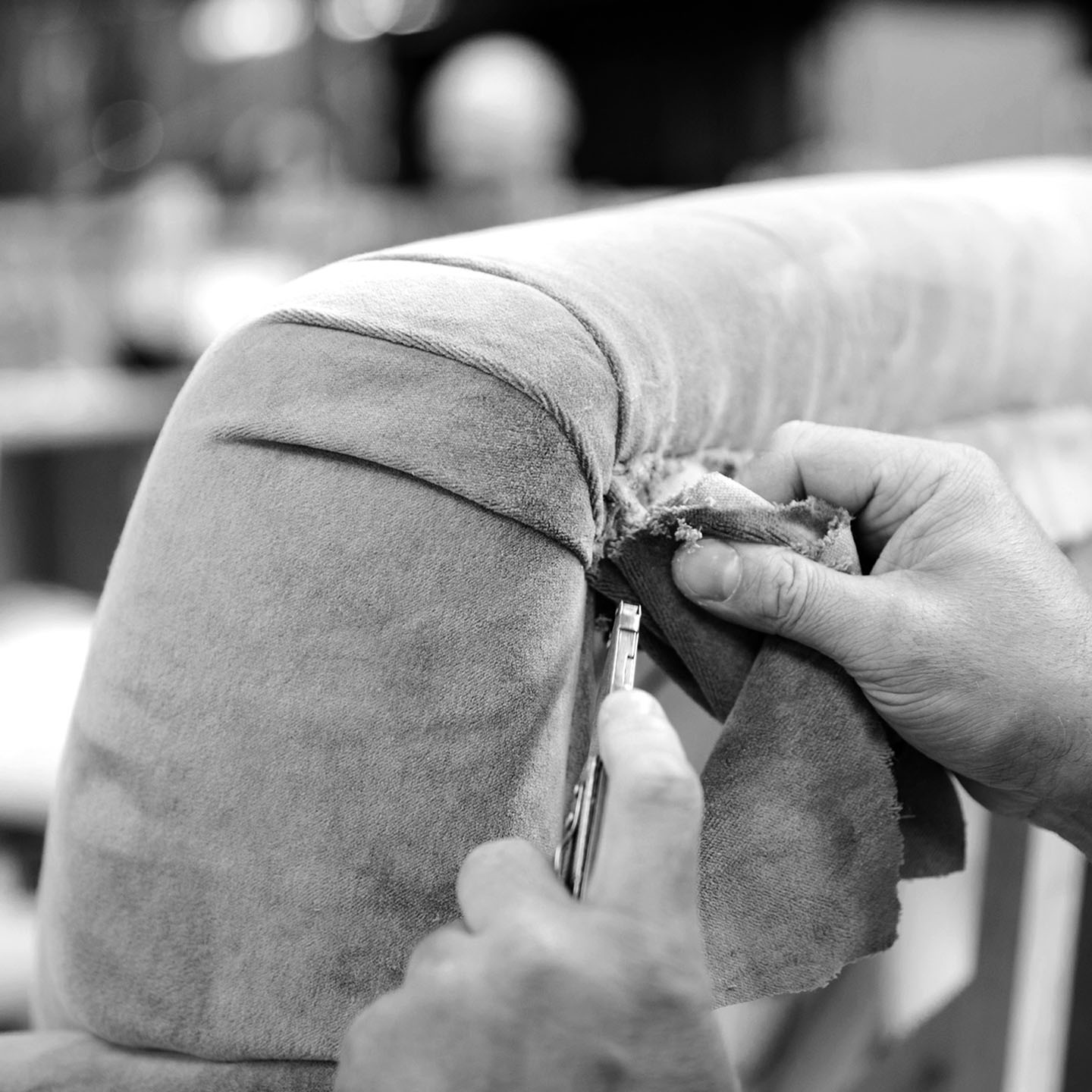 Handmade upholstered armchairs and sofas to order by craftsmen and women in the UK, using traditional upholsterey methods in the Long Eaton factory