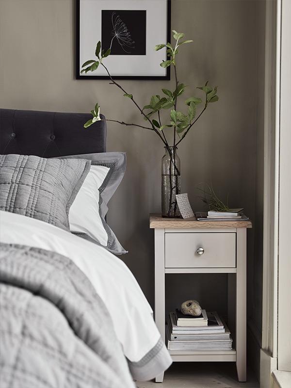 Cotswold Co Chester Dove Grey Bedside Table, Bedroom Furniture, Upholstered Bed